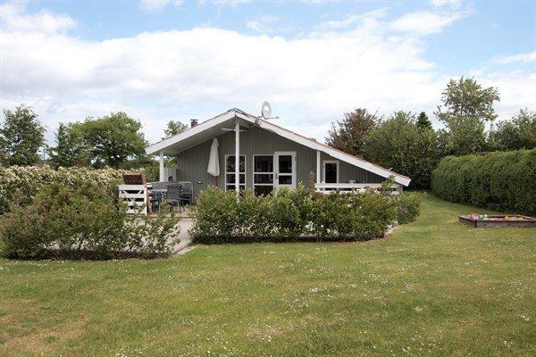 49811cb9d90 Hyggeligt og velindrettet sommerhus til 6 personer beliggende i Skåstrup  Strand.